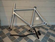 Cadre Aluminium de vélo électrique. 700C taille 55. Neuf fabrication d'usine.