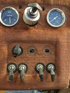 Smiths classic car gauges