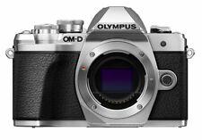 Olympus OM-D E-M10 Mark III Gehäuse / Body  unter 500 Ausl silber EM10 III