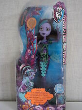 Monster High-Great scarrier Reef-Clawdeen Wolf-Renne in the Dark-Neuf