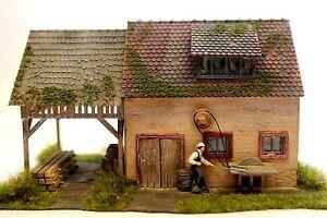 Diorama H0/1:87 Gebäude Faller Bauernhaus mit Scheune gealtert#patiniert