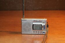 Sony Digital SW-33 10 Band Digital Mini Radio Multi Band Receiver Silber