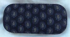 VERA BRADLEY HARD EYEGLASS CASE CLASSIC NAVY  RETIRED EXCELLENT CONDITION