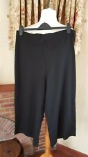 LADIES BLACK JERSEY CROPPED TROUSER - SIZE  20 - SUMMER  HOLIDAY - NEW