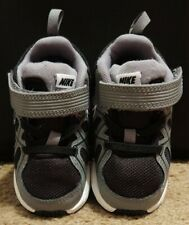 Euc Nike t-run 3 alt Size 6c Child Toddler black and gray