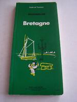 BRETAGNE LE GUIDE DE TOURISME MICHELIN . 241 PAGES . TRES BON ETAT .