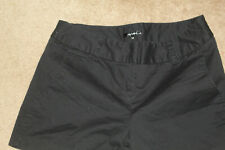 Daisy Fuentes Flat-Front Shorts~Black~12~Preowned