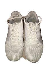 New listing Nike women running tennis shoe size 7.5 white