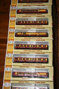 CON-COR HO 8 CAR PASSENGER SET ROYAL AMERICAN SHOWS W/PEOPLE FROM ESTATE JL