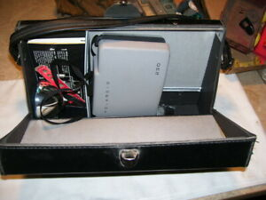 Vintage Polaroid Automatic 230 Land Camera with Case