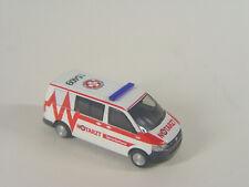 VW T5 Notarzt Samariterbund Linz Österreich - Rietze HO 1:87 - 53447 #E
