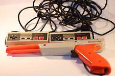 ORIGINALE Nintendo NES 1X Zapper 2X JOYPAD JOB LOT