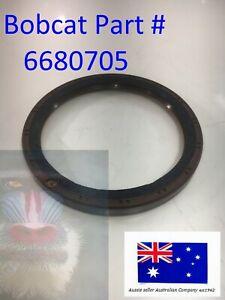 Crank Case Oil Seal 6680705 for Bobcat S750 S770 S850 T250 KUBOTA V3300 V3800