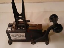 B+K Floral Stemming Machine Tested.Comes With Weight.Model H