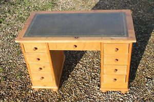 Antique pine desk,Antique Pine Pedestal Desk,Pine kneehole desk,computer desk