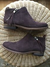 Franco Sarto Women brown suede zipped boots size 6