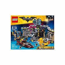 NEW LEGO Batman Movie - Batcave Break-in 70909