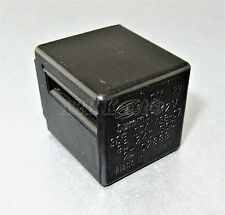 651-Vauxhall Opel (85-00) 3-Pin Black Relay Buzzer Warning 90240665 3SB004438-02