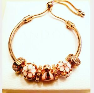 Authentic!! Pandora Rose Bunny Charm bracelet. NEW!