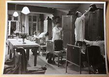 DREI UNTEROFFIZIERE Nachthemd Stahlhelm UFA ~1939 Pressefoto #7