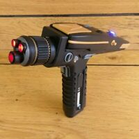 Discovery Phaser Pistol - Star Trek - Cosplay - 3d printed + moving parts + LEDs