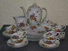SERVICE à CAFE et à DESSERT en fine porcelaine décor fleuri vintage 8 personnes