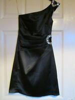 Teeze Me off-the-shoulder black evening dress size 3 size 8 Small beaded design