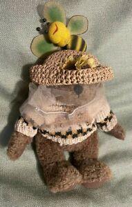 """NWT vintage """"HUNEY B KEEPER"""" BOYDS BEARS & FRIENDS BEARWEAR bear wear BEE 91774"""