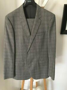 Boss Suit, 'SUPER 100' Pure Wool, Tesse Italian Fabric, NEW UNUSED