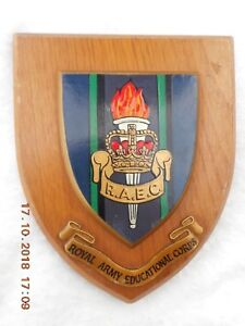 ROYAL ARMY EDUCATIONAL CORPS  (R.A.E.C.)  WALL PLAQUE/ CREST / SHIELD