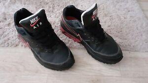 Schwarze Nike Air Max Classic BW mit Pink und Weißen Akzenten -Nur für Sammler!