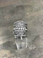 Size 7.5, Vtg Sterling Silver Handmade Ring 925 Silver Band w/ beads inlay