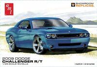 AMT 2009 Dodge Challenger R/T 1:25 scale model car kit 1117