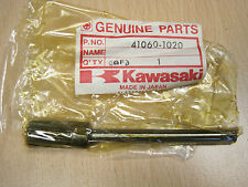 KAWASAKI NOS TACHO DRIVE SHAFT Z250 TWINS GPZ305 KZ305  41060-1020