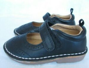 Carters Girl's Toddler size 8 Navy Blue Mary Janes