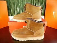 UGG Campfire Bomber Pull-On Mens Boots Chestnut Suede 1020406 MSPR $300 Size 9