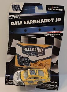 2018 DALE EARNHARDT JR #88 HELLMANN'S NASCAR AUTHENTICS 1:64 W/CARD MAGNET