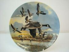 BRADEX DOMINION CHINA CANADA GEESE THE LANDING FROM WINGS UPON THE WILD PLATE