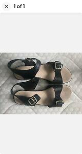 Vintage Clarks Leather Jesus Sandals Size 8 used lightly