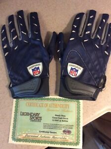 Randy Moss Game Used 4 TDS Patriots Gloves Tom Brady 1st 5 Td Game Photomatched