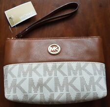 MICHAEL KORS LEATHER MD FULTON SIGNATURE POUCH, VANILLA