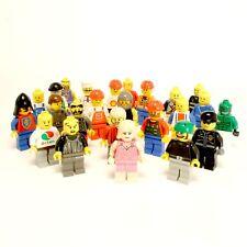 ► 10 LEGO Figuren ★ Minifiguren mit Hut, Helm oder Haar - Classic Minifigures