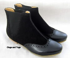 NEW CLARKS ORIGINALS CRYSTAL COVE WOMENS BLACK SUEDE / LEATHER ANKLE BOOTS