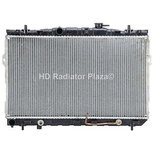 Radiator For 03-07 Hyundai Tiburon 01-06 Elantra 2.0L L4 2.7L V6 HY3010111 New