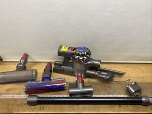 Dyson V7 Animal Handheld Cordless Vacuum Cleaner Complete Needs New Battery