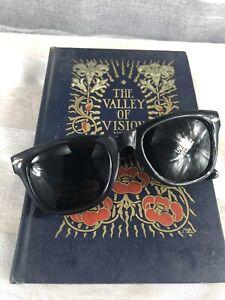 Vintage Sunglasses 1980s Cat Eye Retro POP Summer Sunglasses Black Shades NEW