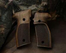 Sigsauer P226 Walnut Grip with Fingergrooves