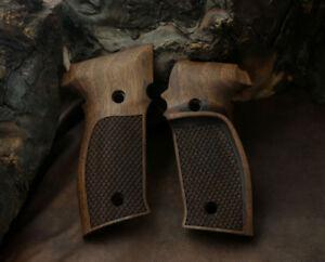Sig Sauer P226 Walnut Grip with Fingergrooves