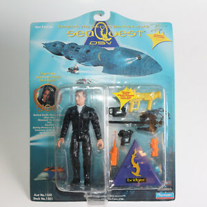 PLAYMATES SEAQUEST DSV ACTION FIGURES SET OF 7 NIP (1 opened)  VINTAGE 1993