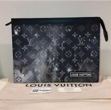 47b8f6b9ff16 Louis Vuitton Galaxy Pochette Voyage MM